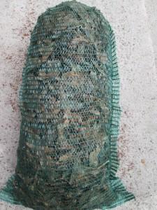 Fenyőkéreg raschel zsákos kiszerelés